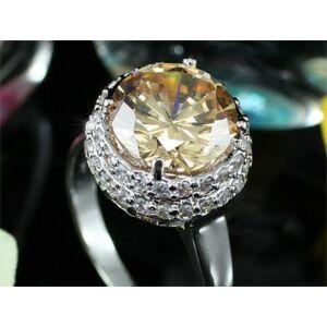 3.5 karátos gyűrű 135