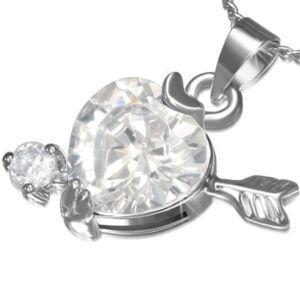 Ezüst színű nyaklánc, cirkónia kristályos szív alakú medállal