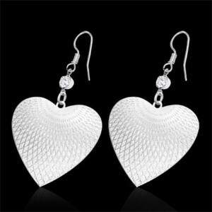 Ezüst színű, szív alakú nemesacél fülbevaló ékszer