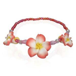 Színes karkötő virág mintával