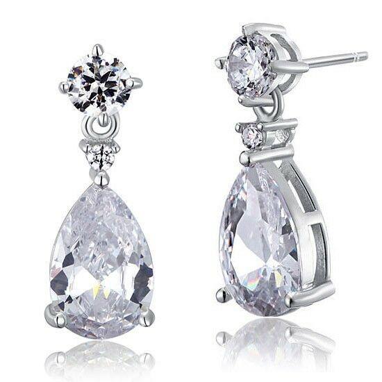 3 karátos ezüst fülbevaló csepp alakú szintetikus gyémánt kristállyal - 925 ezüst ékszer