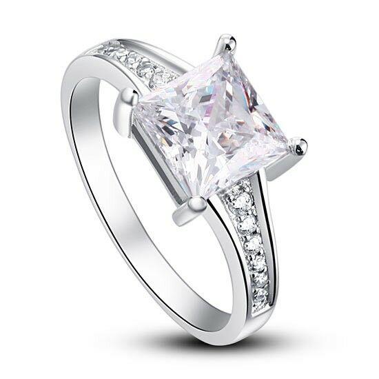 Ezüst gyűrű szintetikus gyémánt kővel-5