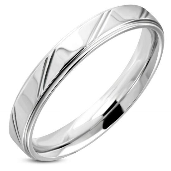 Ezüst színű, átlósan csíkos nemesacél gyűrű ékszer