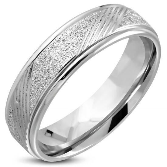 Ezüst színű, homokfúvott, átlósan csíkozott nemesacél gyűrű
