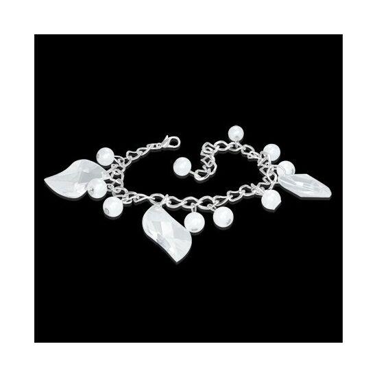 Ezüst színű karlánc fehér, gyöngy üvegdíszekkel