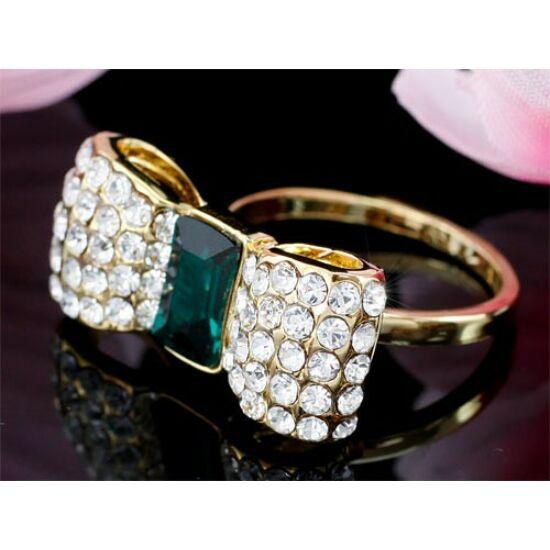 Swarovski kristályos gyűrű 184