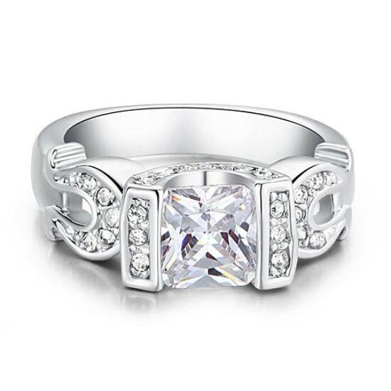 Swarovski kristályos gyűrű 197
