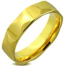 Arany színű, belül lekerekített nemesacél gyűrű ékszer