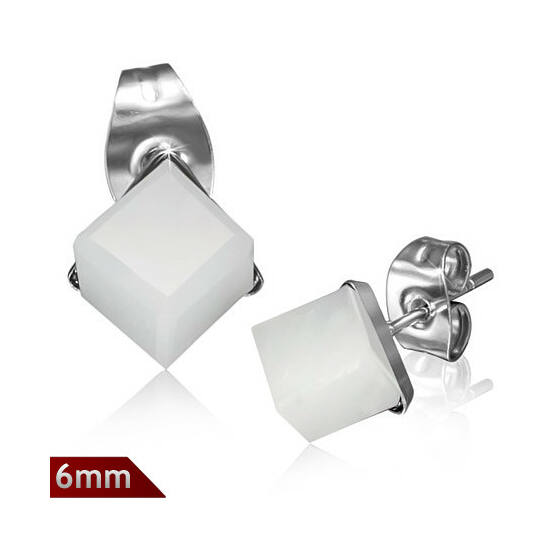 Cirkónia kristályos, kocka alakú fülbevaló ékszer