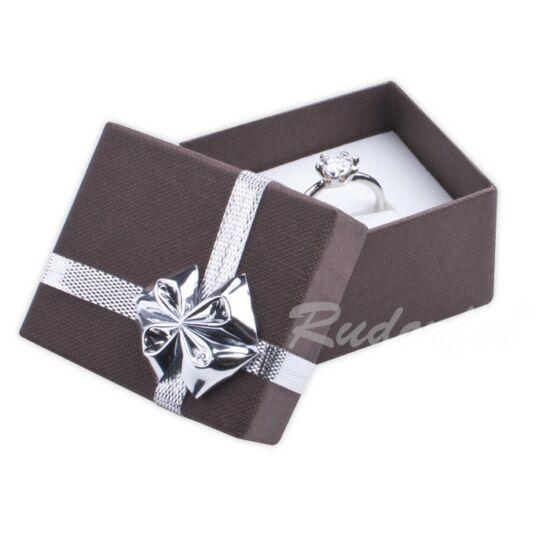 Gyűrű, medál, ékszer doboz