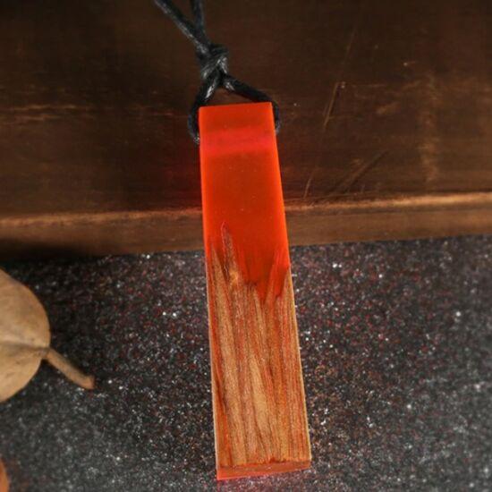 Resin - Egyedi kézzel készült gyanta és fa medállal díszített nyaklánc - Pink