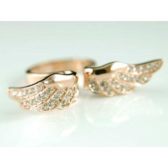 Swarovski kristályos gyűrű 067-7