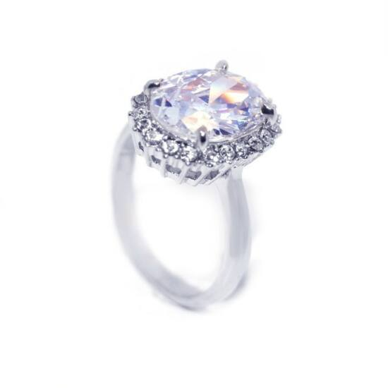 Swarovski kristályos gyűrű 167-6