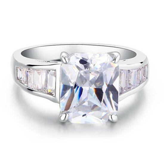 Swarovski kristályos gyűrű 202