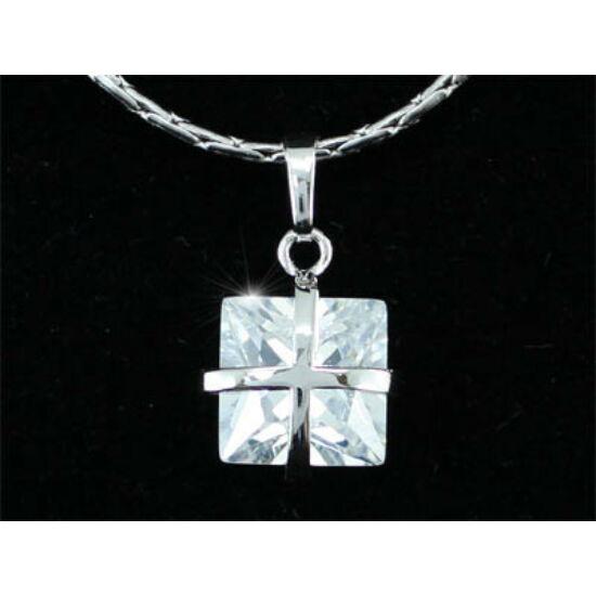 Swarovski kristályos nyaklánc  négyzet formájú köves medállal