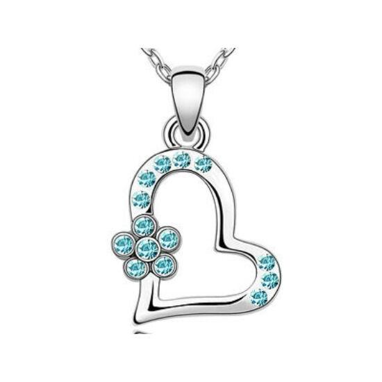 Swarovski kristályos nyaklánc szivecske kék virágos medállal