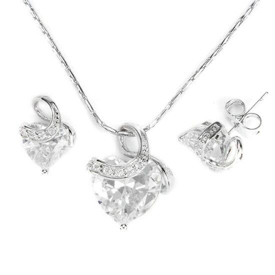 Swarovski kristályos szett szív alakú kővel